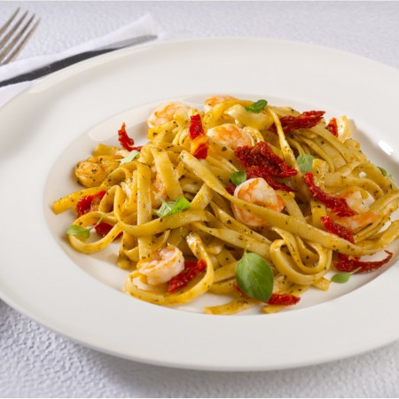 Fettuccine aux crevettes et pesto de tomates séchées Saveurs Santé